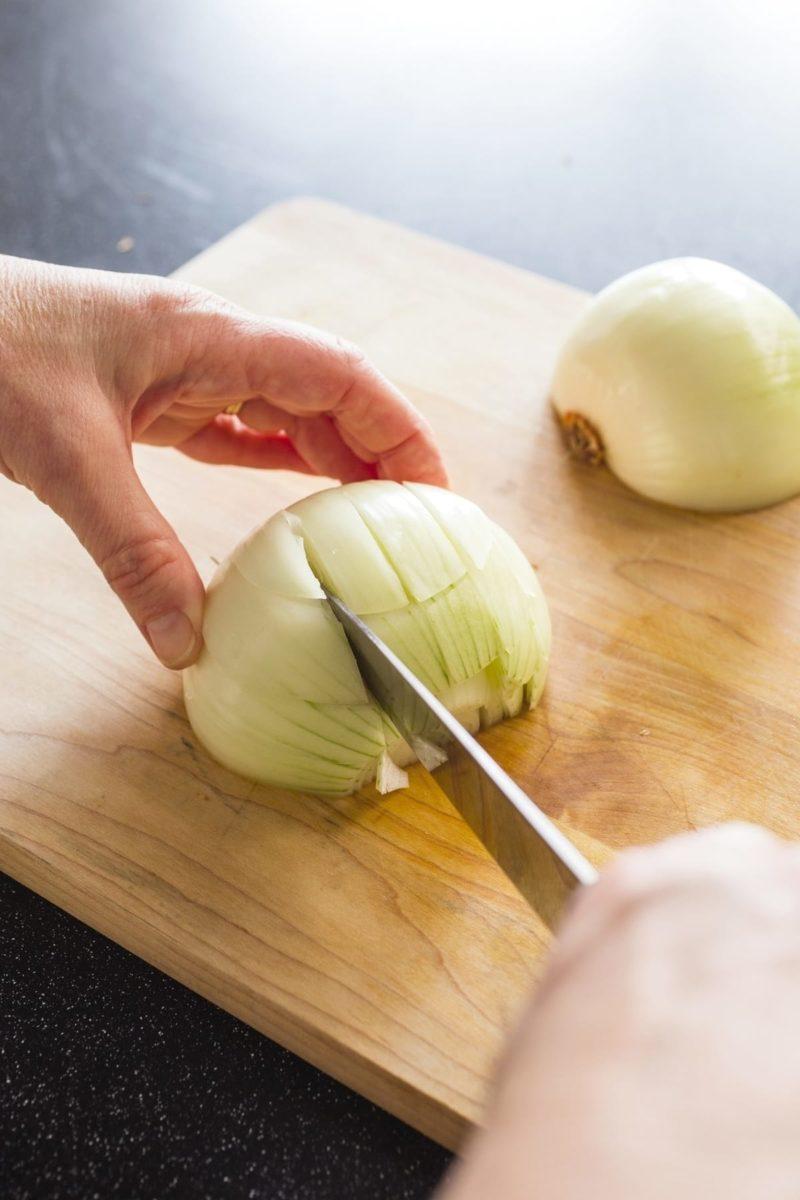 cut an onion