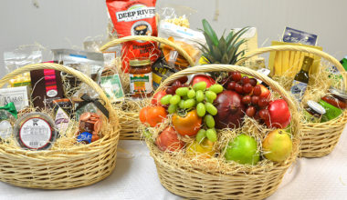 Last Minute Gift Ideas and Baskets