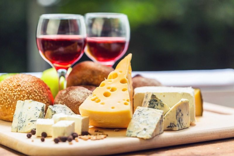wine_cheese_party_