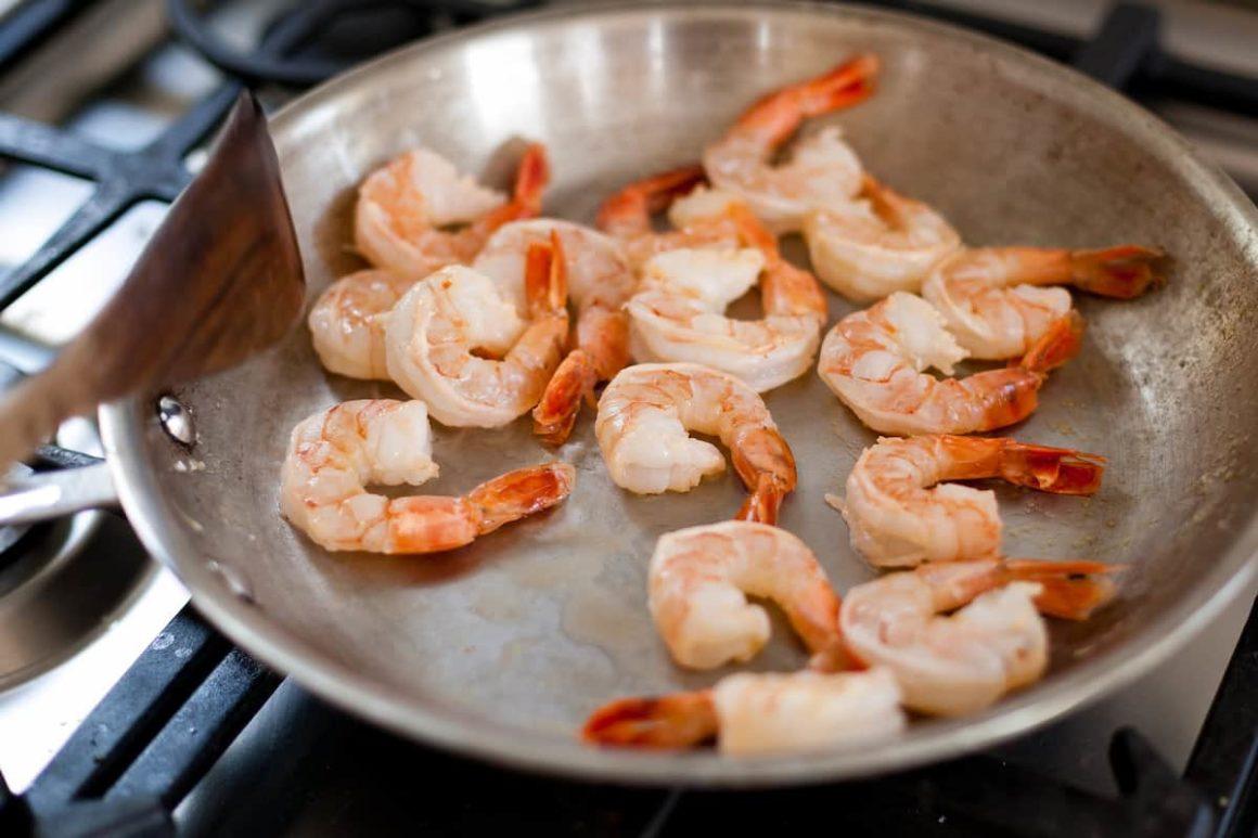 Stovetop Shrimp Steaming